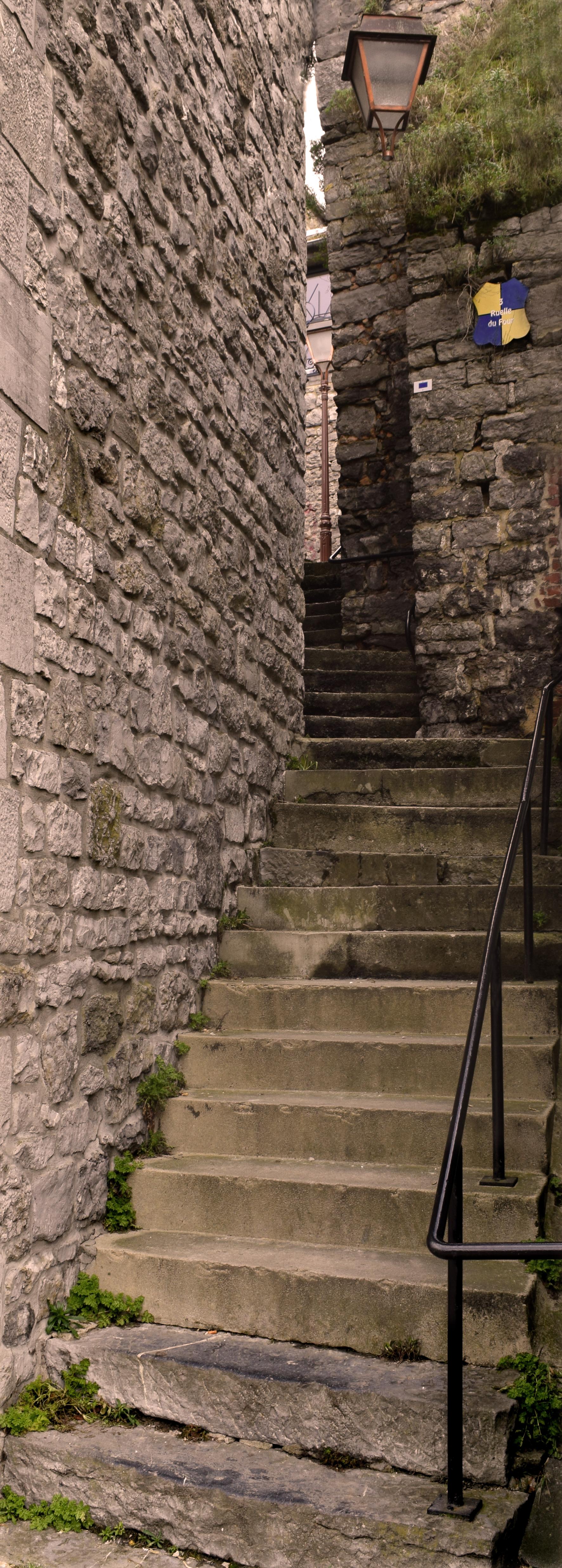 DSC_0531-ruelle de l'escalier Couvin