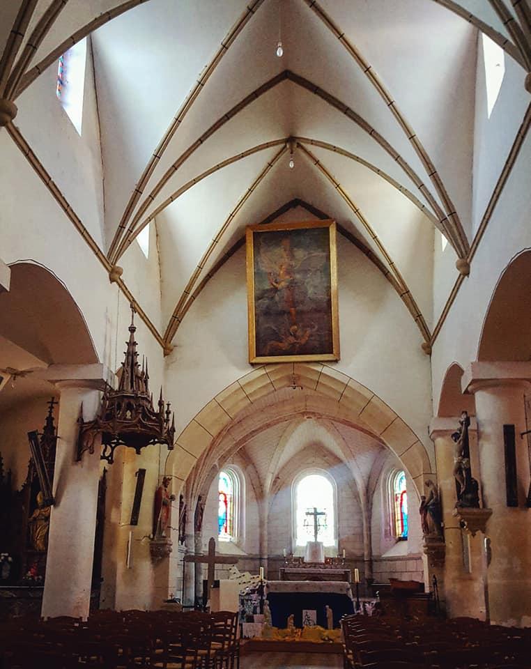 Amande - église des bois interieur